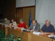 Το προεδρείο της τιμητικής εκδήλωσης του ΤΕΕ για τον Θ.Π. Τάσιο. Από αριστερά Κ. Μουτζούρης, Πρύτανης ΕΜΠ, Κ. Τοράκη, Διευθ. Επιστ. Δραστηρ. ΤΕΕ, Ε. Βιντζηλαίου, Καθηγ. ΕΜΠ, Γ. Αλαβάνος, Πρόεδρος ΤΕΕ, Π. Βέττας, Π.Μ.